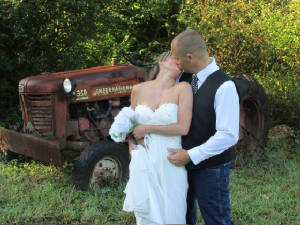 CountrysideWeddings/TractorPic.jpg